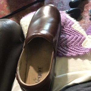 Alegria Leather Women's Shoes!